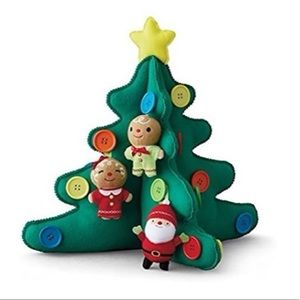 Hallmark Keepsake Tabletop Tree w/Plush Ornaments